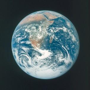 The_Blue_Marble_Apollo_17-1.jpg