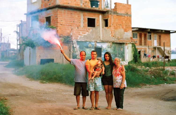 Foto que integra o livro Favela Olímpica, de Marc Ohrem-Leclef
