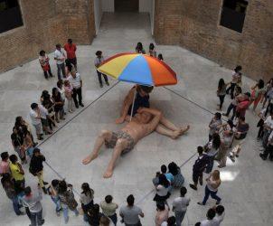 A exposição do artista britânico Ron Mueck na Pinacoteca de São Paulo atraiu 400 mil visitantes em três meses (Fotos: Divulgação Pinacoteca de São Paulo)