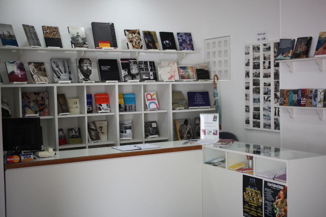 0e82a39c1f3 Imagem da loja do Instituto Moreira Salles