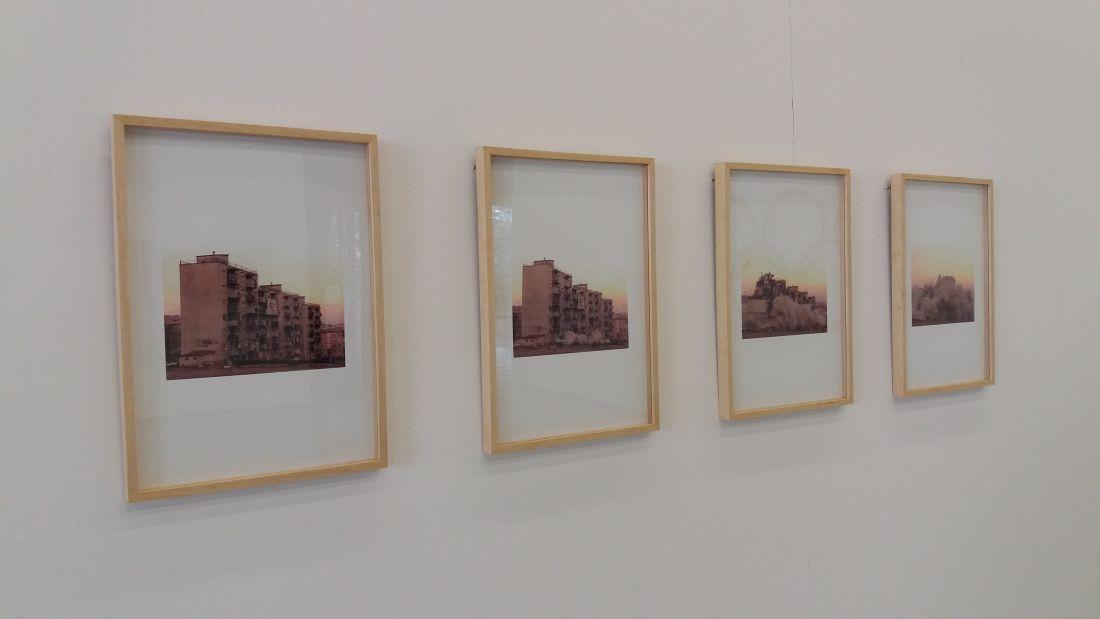 Vila Olímpica (2010), de Bruno Faria, em exposição no Centro Cultural São Paulo