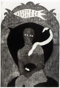 A própria Belkis Ayón está representada em Sikán (1991), mito original da Sociedade Abakuá, aqui sentada majestosamente em seu trono, sustentando nas mãos o grande Segredo (Foto: José A. Figueroa/ Cortesia Estate Belkis Ayón)