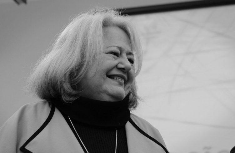 Ana Mae Barbosa é professora do Doutorado da ECA-USP e do Mestrado e Doutorado em Design, Arte e Tecnologia da Universidade Anhembi Morumbi. Publicou, em 2015, Redesenhando o Desenho: Educadores, Políticas e História (Foto: Cortesia da autora)