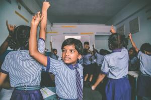 Foto de Bárbara Bragato feita na Índia, integrante da exposição Escola de Histórias que ocupou o MIS-SP até 11/12 (Foto: Bárbara Bragato)