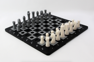 Jogo de Xadrez Inclusivo (2011), de Amanda Iyomasa (Foto: Amanda Iyomasa)