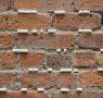 Detalhe da instalação Education by Stone (Educação pela Pedra), de Cinthia Marcelle, criada para a exposição no espaço do Queens onde já funcionou uma sala de aula (Foto: Pablo Enriquez/ MoMA PS1)