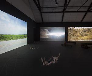 Vista da exposição Tempo de Duração, de Elisa Pessoa (Fotos: Daniela Dacorso)