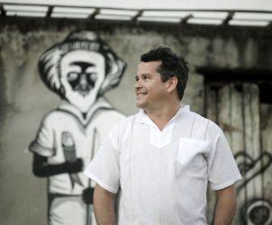 Danillo Barata, videoartista e professor dos cursos de Cinema e Artes Visuais da Universidade Federal do Recôncavo da Bahia - UFRB (Foto: Sora Maia)