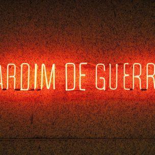 Jardim de Guerra (2015), da série Hoje tem Cine, de Laura Belém (Fotos: Divulgação)