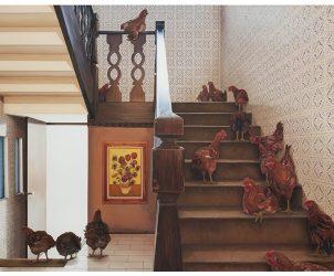 Escada com galinhas, de Ana Elisa Egreja (Foto: Filipe Berndt)