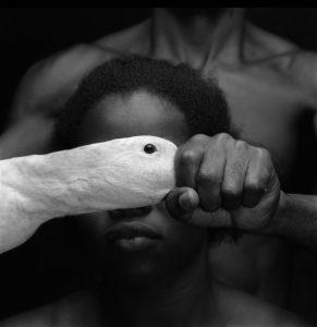 Trabalho Odé, realizado em 1989 por Mario Cravo Neto (Foto: Mario Cravo Neto)