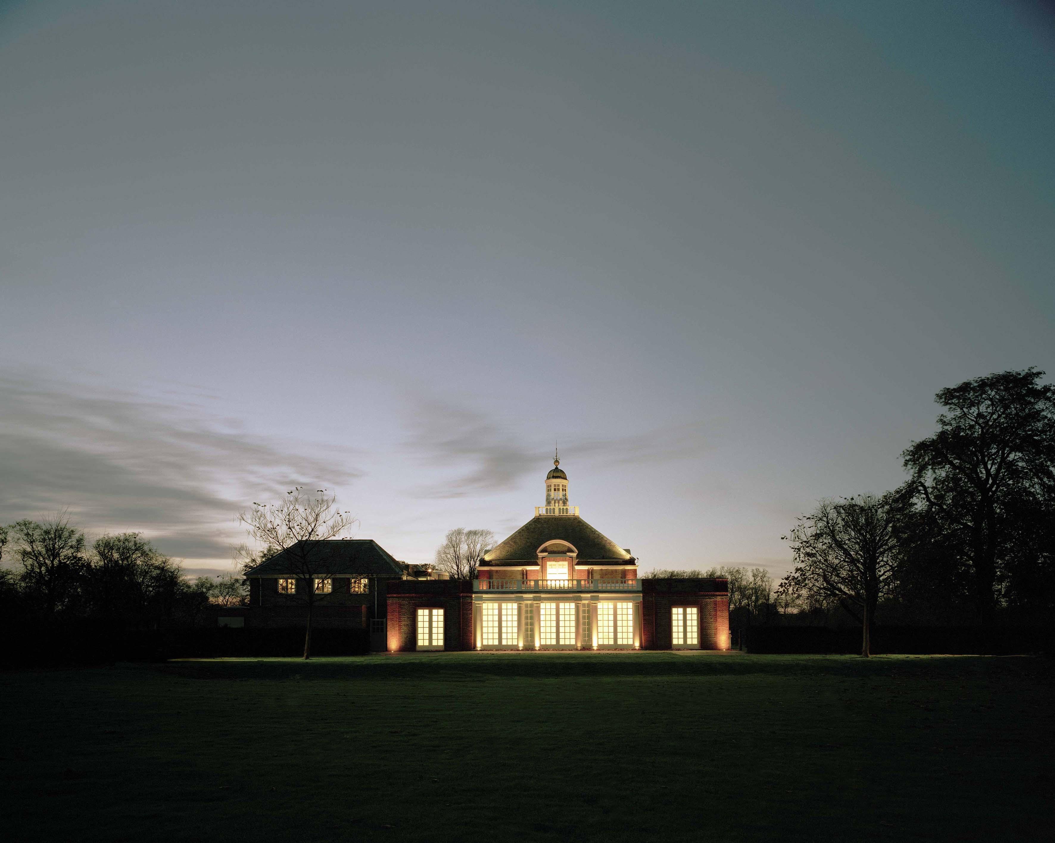 Fachada da Serpentine Gallery, em Londres (Foto: John Offenbach, Serpentine Gallery)